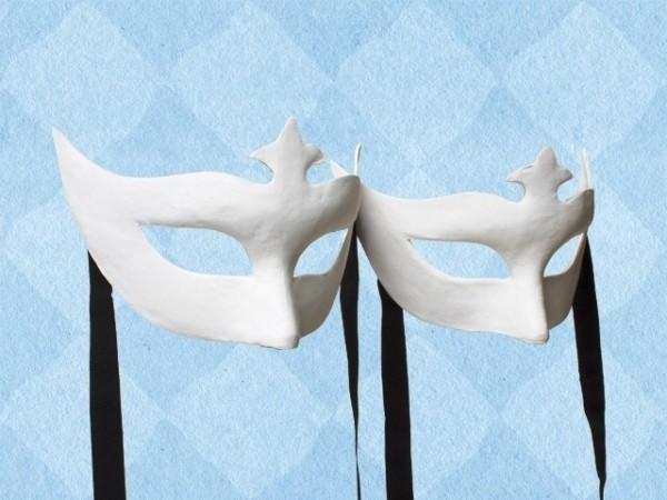 Blanco papier-maché masker van een half gelaat, per 2 stuks