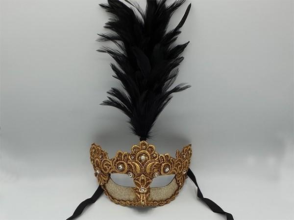 Goud masker met zwarte veren pluim