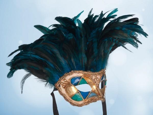 Venetiaans masker met blauwe veren